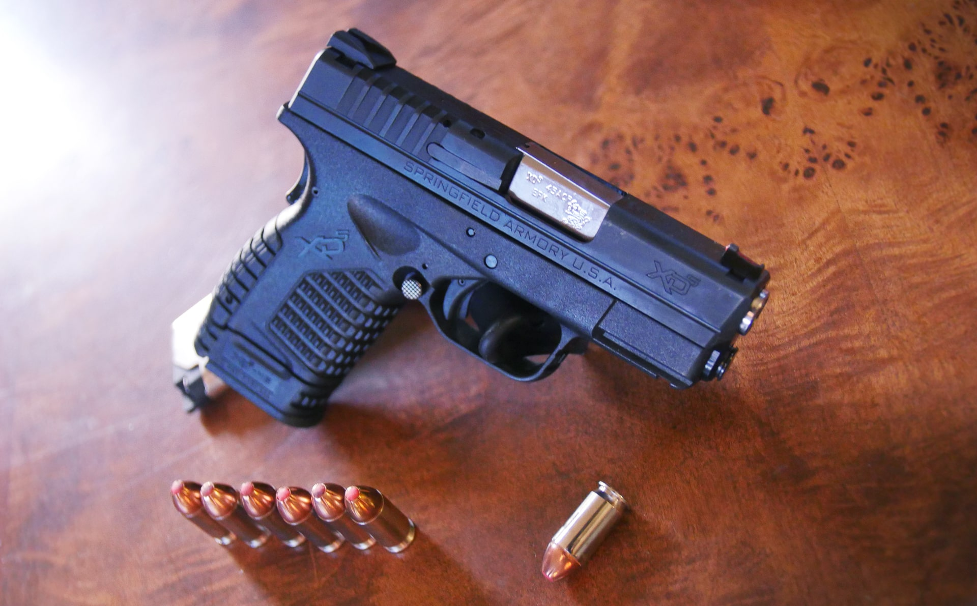 "XDS-45 The Most Painful Gun to Shoot (Finger Pinch, ""XDS Finger,"" Blisters, etc.)"